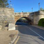 UPL urge al equipo de gobierno del PSOE a que instale de una vez la señalización en el puente de San Marcos